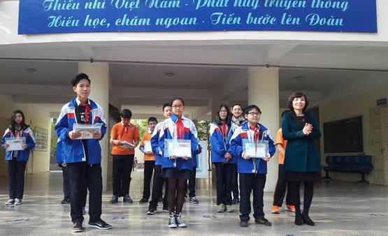 Doi tuong tuyen thang vao lop 10 tinh Vinh Long 2016