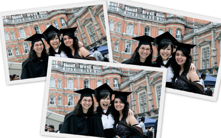 Huỳnh Ngọc Linh cùng các bạn quốc tế trong lễ tốt nghiệp.