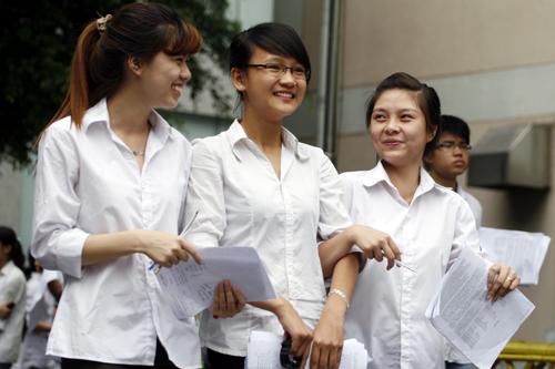 Diem chuan va xet tuyen NV2 Dai hoc Tay Do nam 2012