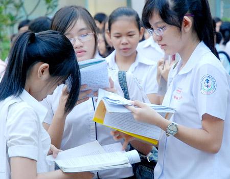 Đề thi lớp 9 học kì II môn tiếng Trung đề số 4