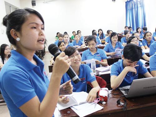 Sinh viên ngành giáo dục tâm lý Trường ĐH SP TP.HCM