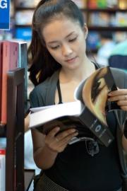 Đinh Hương sinh năm bao nhiêu và thông tin profile
