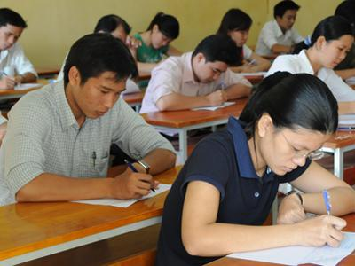 SMS Brand name quang nam kiem soat chat che thi tuyen cong chuc 1 Quảng Nam: Kiểm soát chặt chẽ thi tuyển công chức