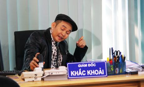 Xem hài Tết Xuân Hinh 2013 mới nhất: Con hư tại bố   van dung tai ngo vua hai dat bac xuan hinh trong con hu tai bo hai tet 2013 1