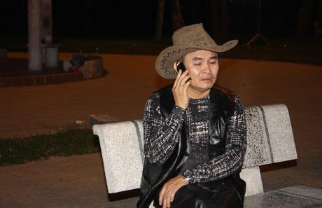 Xem hài Tết Xuân Hinh 2013 mới nhất: Con hư tại bố   van dung tai ngo vua hai dat bac xuan hinh trong con hu tai bo hai tet 2013 4