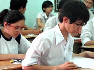 Đề thi lớp 12 học kì 1 môn tiếng anh năm 2012 đề số 79
