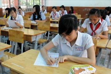 Đề thi lớp 6 học kì 2 môn tiếng anh năm 2012 đề số 56