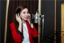 Hồ Ngọc Hà cùng học trò hào hứng thu âm ca khúc chúc mừng giáng sinh