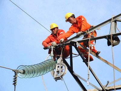 Giá điện tăng 5% từ ngày 22/12. Ảnh: Hoàng Hà