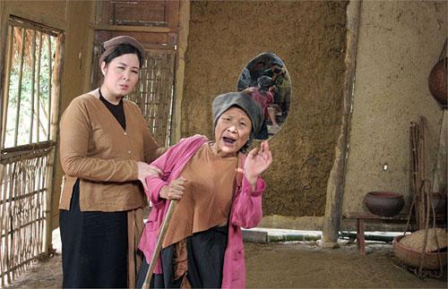 Hai tet Xuan Hinh - Hong Van 2013