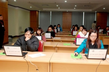 Bộ Nội Vụ: Hoàn thành kỳ thi tuyển công chức bằng hình thức trắc nghiệm
