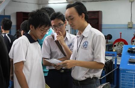 Học sinh nên xem xét lại năng lực học tập thực của mình trước khi nộp đơn thi đại học