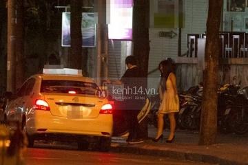 Bùi Anh Tuấn và Hương Tràm lại bị bắt gặp đang hẹn hò