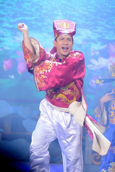Táo Kinh tế Quang Thắng nhảy Gangnamstyle