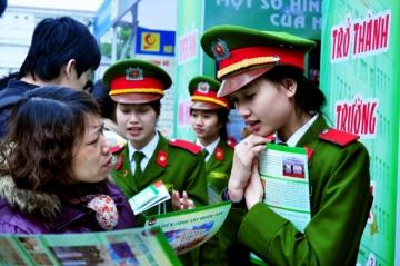 Tuyen sinh cac truong Cong an nam 2013: Ha Noi khong han che thi sinh nu