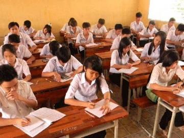 Tổng hợp đề thi lớp 11 học kì 2 môn toán năm 2013 (Phần 1)