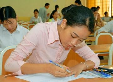Tổng hợp đề thi lớp 11 học kì 2 môn toán năm 2013 (Phần 2)