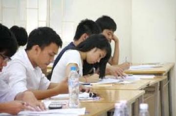 Tổng hợp đề thi lớp 7 học kì 2 môn toán năm 2013 (Phần 4)