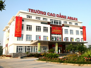 B GD&#038;T dng tuyn sinh lin thng 2 trng i hc cao ng
