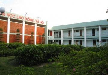 Ty le choi Dai Hoc Lao Dong - Xa Hoi (Co so phia Nam)