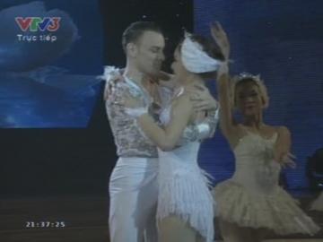 Chung kết Bước nhảy hoàn vũ 2013 - Lan Phương và Valeri