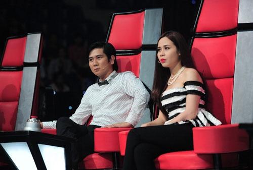 Lưu Hương Giang và Hồ Hoài Anh trên ghế nóng của Giọng hát Việt nhí