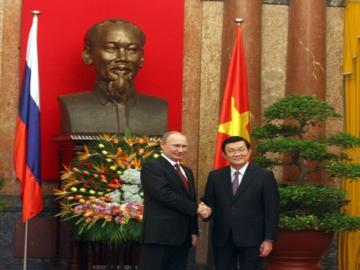 Việt Nam chính thức đón tổng thống Nga Putin