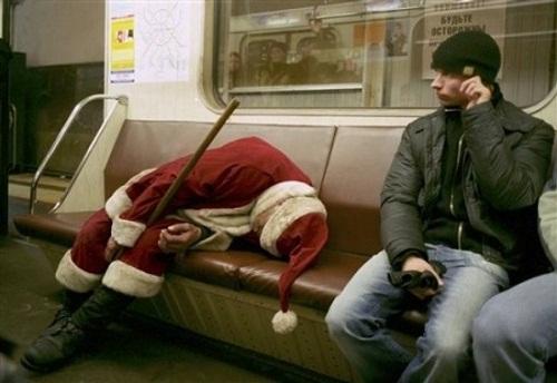 Nhung hinh anh hai huoc ve ong gia Noel