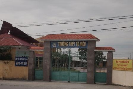 Trường THPT Tô Hiệu (huyện Vĩnh Bảo, Hải Phòng), nơi xảy ra vụ việc.