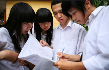 Nhung truong Dai hoc thi rieng nam 2014 tuyen sinh 2 lan trong nam