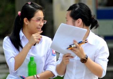 Đề thi học kì 1 lớp 12 môn tiếng Anh năm 2013 (Phần 2)