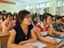 Sinh viên ra trường khó tìm việc làm có nên học ngành kinh tế?