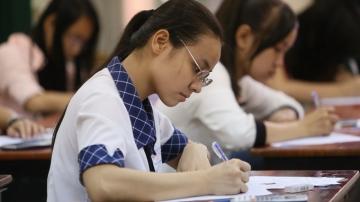 Chấm thi ĐH: Ấn tượng với bài văn nghị luận tại trường ĐH Công nghiệp Hà Nội