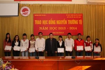 Đại học Quốc gia Hà Nội xét tuyển học bổng Nguyễn Trường Tộ năm 2014 - 2015