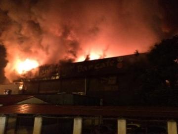 Nguyên nhân bar Luxury bốc cháy dữ dội