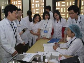 Quy định về đào tạo ngành bác sĩ đa khoa và các ngành khoa học sức khỏe