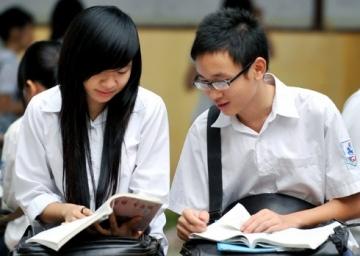 Đề thi giữa kỳ lớp 10 môn Tiếng Anh trường THPT Nguyễn Trãi năm 2014
