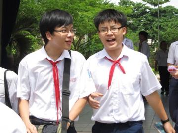 Đề thi giữa học kỳ 1 lớp 8 môn tiếng anh trường TH - THCS Lê Quý Đôn năm 2014