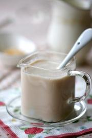 Cách làm trà sữa thơm ngon cho mùa đông