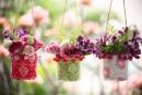 Hướng dẫn làm giỏ hoa treo khung cửa sổ xinh xắn
