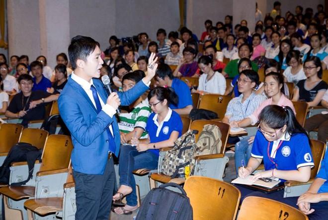 Tuyet chieu hien thuc hoa uoc mo cua thay Nguyen Hoang Khac Hieu