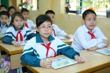 Đề thi cuối học kì 1 lớp 5 môn Toán - TH Kim Đồng năm 2014