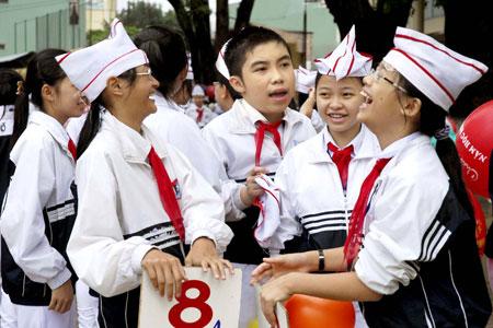 Đề kiểm tra giữa học kì 2 lớp 8 môn lý - Việt Yên năm 2015