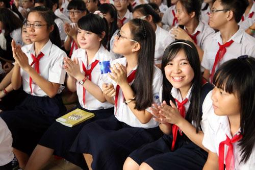 Đề khảo sát giữa học kì 2 lớp 8 môn Tiếng Anh - THCS Tam Hưng năm 2015