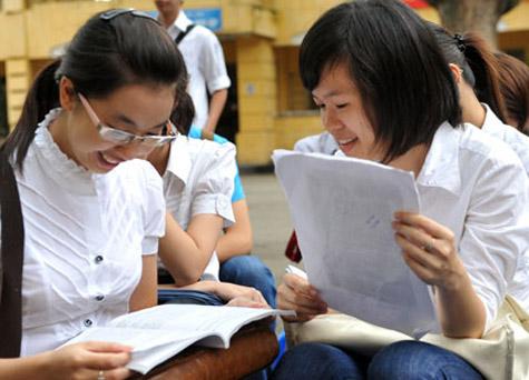 Đề thi thử THPTQG môn Tiếng Anh THPT Lý Chính Thắng 2015