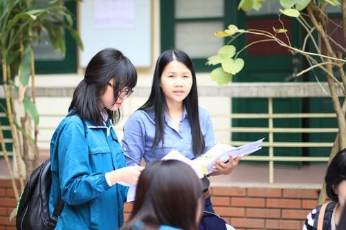 Cấu trúc đề thi vào lớp 10 môn tiếng Pháp THPT chuyên ngoại ngữ 2015