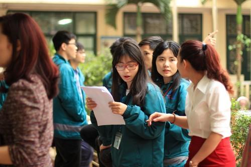 Cấu trúc đề thi vào lớp 10 môn tiếng Nhật, Đức THPT chuyên ngoại ngữ 2015