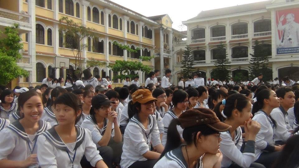 Trường chuyên Lê Hồng Phong - Nam Định tuyển sinh lớp 10 2015