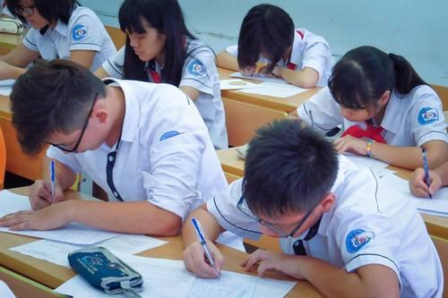 Trường THPT chuyên Lê Quý Đôn tuyển sinh vào lớp 10 năm 2015