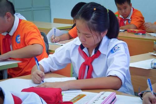 Đề thi học kì 2 lớp 8 môn Toán năm 2015 THCS Kim Sơn